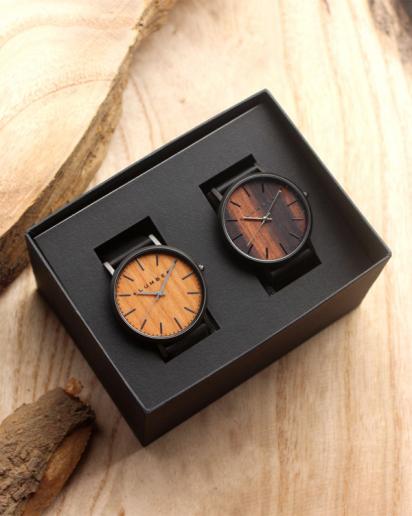 文字盤に本木目を使用した木製ペアウォッチ「WATCH 1100」