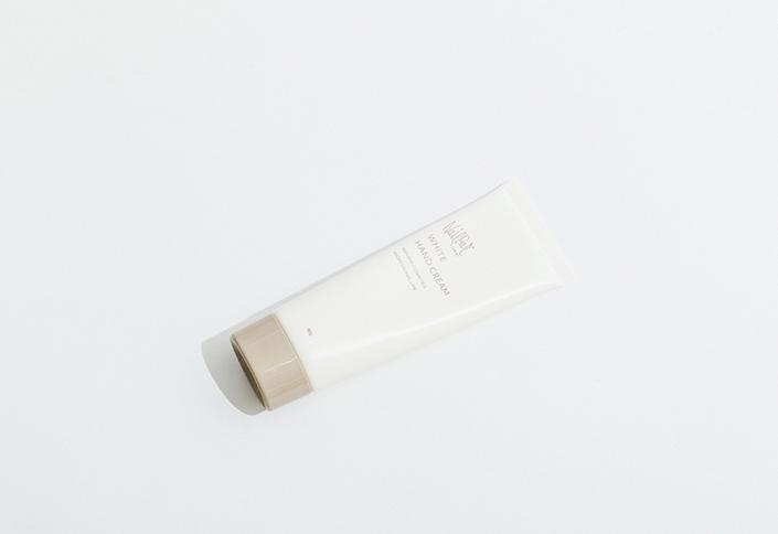 【4F】<ネイルバー>プラセンタエキス配合薬用ハンドクリーム