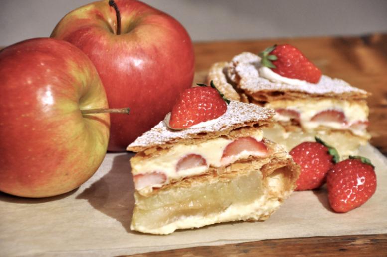 いちごとりんごのミルフィーユ アップルパイ
