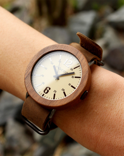 【Pick up!】無垢の天然木をおしゃれに組み込んだ腕時計「Wooden Watch NATO STYLE」