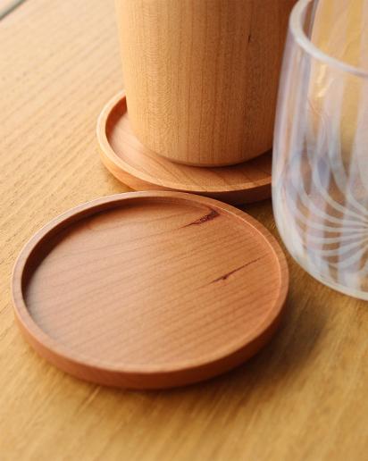 【結婚祝い】無垢材を使用した木製コースター Coaster -Round-