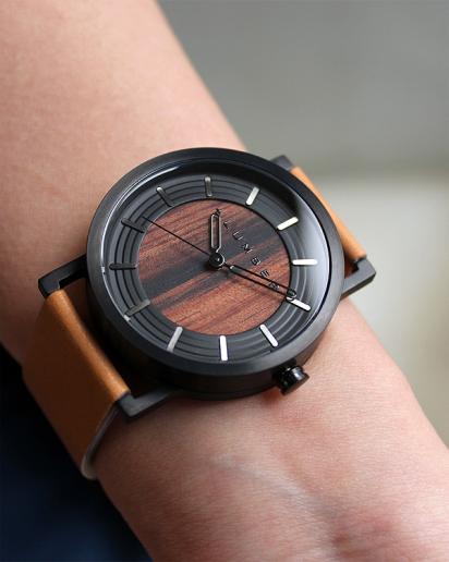 【pick up!】ステンレス削り出しケースに銘木を活用した木製腕時計 WATCH 2200