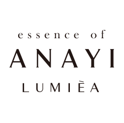 essence of ANAYI LUMIÈA ロゴ